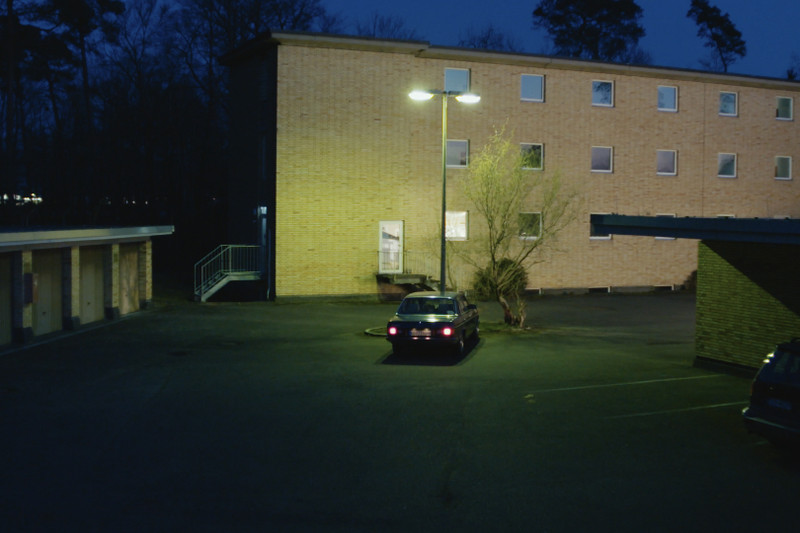 kurzspielfilm-dreh-der-showman-auto-vor-motel-seehund-media